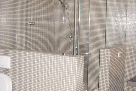 Un nuovo box doccia in vetro per il vostro bagno